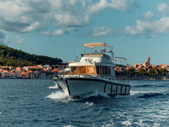 korcula adventures boat